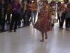 desfilederoupadepapeldebalinha-aberturado1workshopdeeducacaoambiental-resp-profareginalucia07-12-2012
