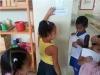 Atividade de adesivagem - Escola EMEI Dilma Calmon - Juazeiro-BA - 22.05.15
