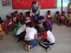5-integrantes-do-pev-e-professores-do-centro-educacional-joao-xxiii-juazeiro-auxiliam-os-alunos-na-construcao-da-horta-maio-2013