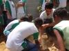 atividade-de-arborizacao-na-escola-prof-luiza-de-castro-ferreira-e-silva-bairro-jardim-sao-paulo-petrolina-pe-04-10-2013-14