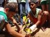 atividade-de-arborizacao-na-escola-prof-luiza-de-castro-ferreira-e-silva-bairro-jardim-sao-paulo-petrolina-pe-04-10-2013-18