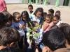 atividade-de-arborizacao-na-escola-prof-luiza-de-castro-ferreira-e-silva-bairro-jardim-sao-paulo-petrolina-pe-04-10-2013-27