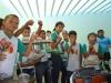 alunos-aprendem-a-fazer-jardineiras-com-pets-recicladas-6-escola-anete-rolim-petrolina-pe-18-10-2012