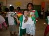 Reciclagem de pets para cultivo de hortalicas - Escola Odete Sampaio - Petrolina-PE (17-10-2012)
