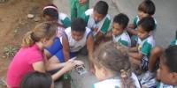 Alunos praticam jardinagem - Escola Anesio Leao 2 - Petrolina-PE (18-10-2012)