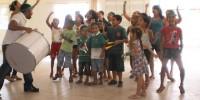 alunos apresentam musicas e dancas sobre o meio ambiente - Escola Iracema Pereira da Paixao (17-10-2012)