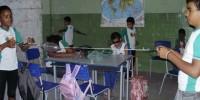 alunos brincam com materiais reciclados - Escola Anesio Leao - Petrolina-PE (18-10-2012)