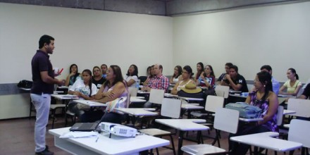MinicursoEducacaoAmbientalAEscolaComoDifusoradasPraticasdeSustentabilidade-Workshop(7,8e9-12-2012)